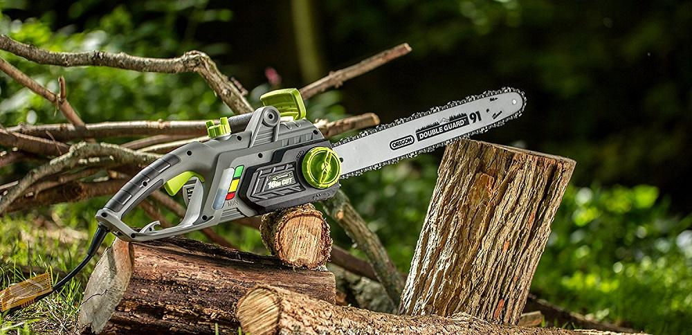 Best Chainsaw Buying Guide & Reviews